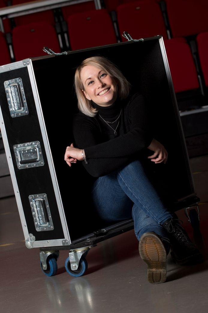 Ingrid Zaaijer gaat ondanks het corona virus toch weer programmeren : bands worden geboekt met maximaal dertig bezoekers per concert.