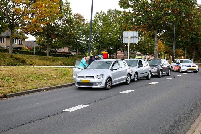 Een botsing met drie auto's zorgde donderdagmiddag in Apeldoorn voor verkeersoverlast.