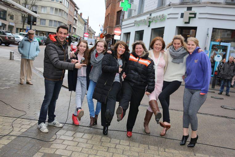 De Verenigde Handelaars in Halle organiseerden voor het eerst een Hakkenloop tijdens de Fashion Days.