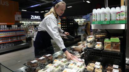 """Landbouwers boos op Albert Heijn wegens goedkope melk: """"Marketingstunt op kap van de boeren"""""""