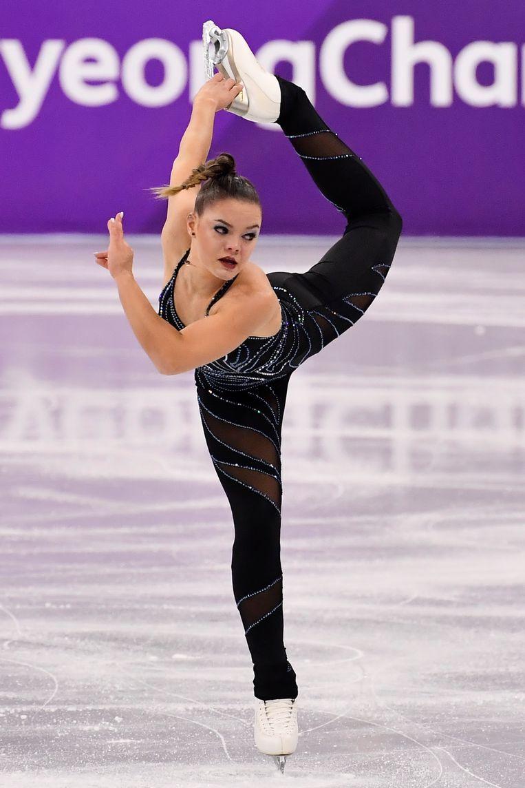 Op de tonen van Madonna's Frozen schaatste Loena naar 55,16 punten, een seizoensbeste prestatie en zowat 2,5 punt onder haar pr dat ze vorig jaar op het WK in Helsinki neerzette.  Beeld BELGA