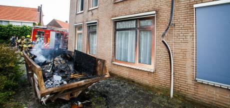 Schade aan gebouw door containerbrand in Sliedrecht