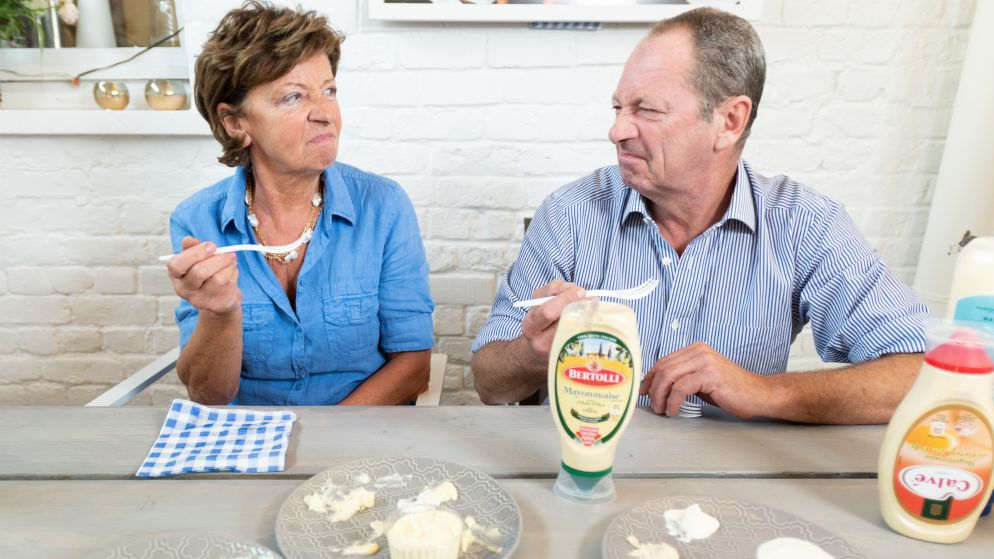 De beste friturist van België proeft 10 soorten mayonaise: welke is nu écht beste bij frietjes?