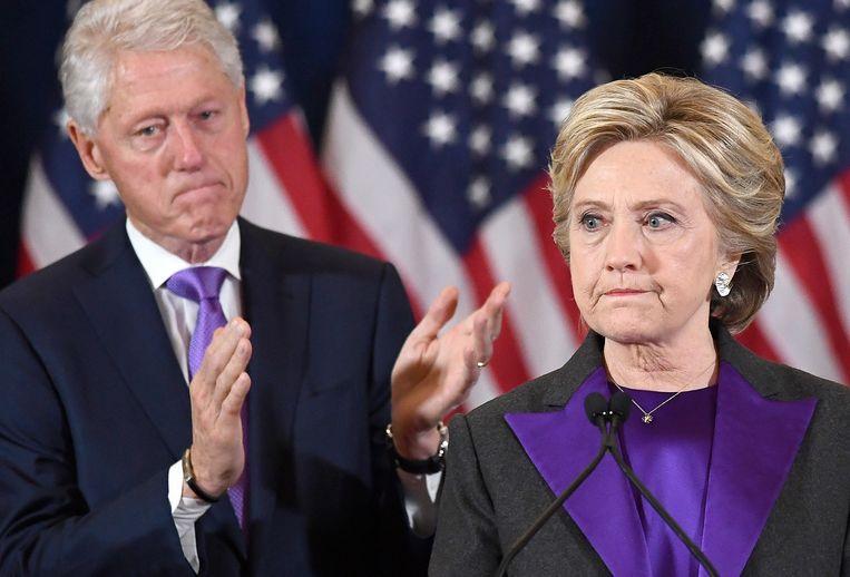 Hillary Clinton tijdens de speech waarin ze het verlies van de verkiezingen accepteert. Beeld AFP