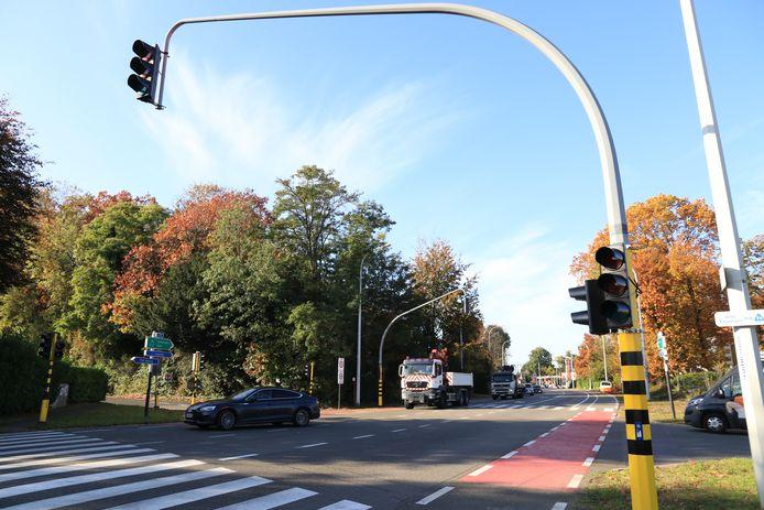 Op verschillende plaatsen vielen de verkeerslichten uit.