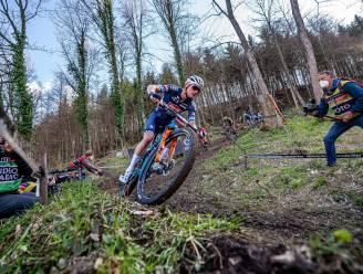 Fransman Koretzky wint wereldbeker mountainbike in Albstadt, sterke Pidcock sneller dan Van der Poel