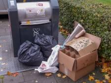 Chaos in Arnhem: afvalpassen weigeren en containers blijven dicht. 'Een bureaucratisch bos'