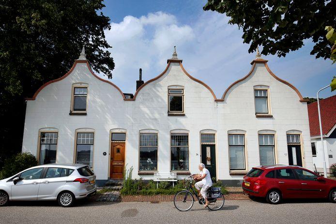 Papendrecht wordt vooral gekenmerkt door veel nieuwbouw. Maar wie goed kijkt, kan nog altijd hoe het dorp er in vroeger tijden uitzag.