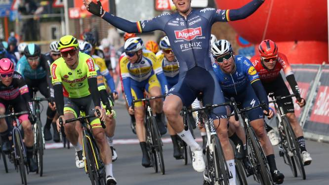 "Tim Merlier klopt in GP Jempi Monseré Mark Cavendish: ""Vroeger was ik fan"""