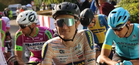 Wielrenner Nick van der Lijke verspeelt met zijn ploeg de leiding in Luxemburg