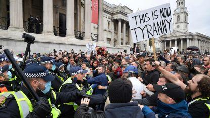 Schermutselingen tussen politie en demonstranten in Londen bij protest tegen coronamaatregelen