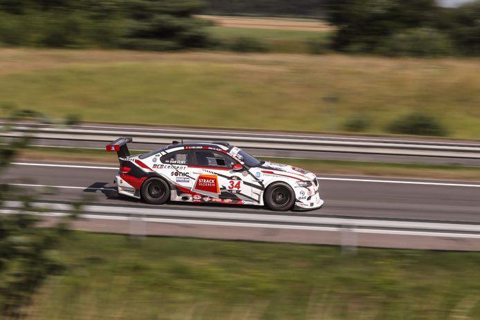 Steve Vanbellingen in zijn BMW M3 op weg naar een sterk resultaat.