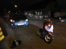 Scooterpassagier gewond bij ongeluk in Gemert