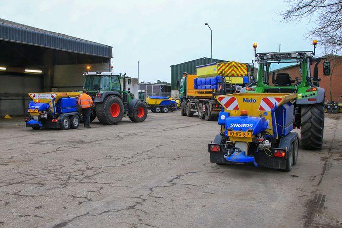 De strooiwagens strooien kilo's zout op de Brabantse wegen.