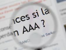 """La France pleure son """"triple A"""" et la Grèce broie du noir"""