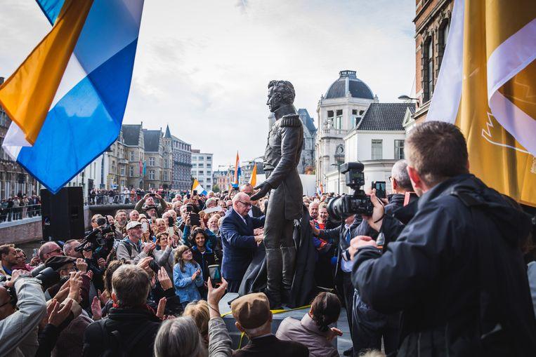 De onthulling van het standbeeld van Willem I lokte een massa volk naar de Reep.