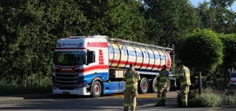 Straat in Nijkerk afgezet wegens lekkende vrachtwagen