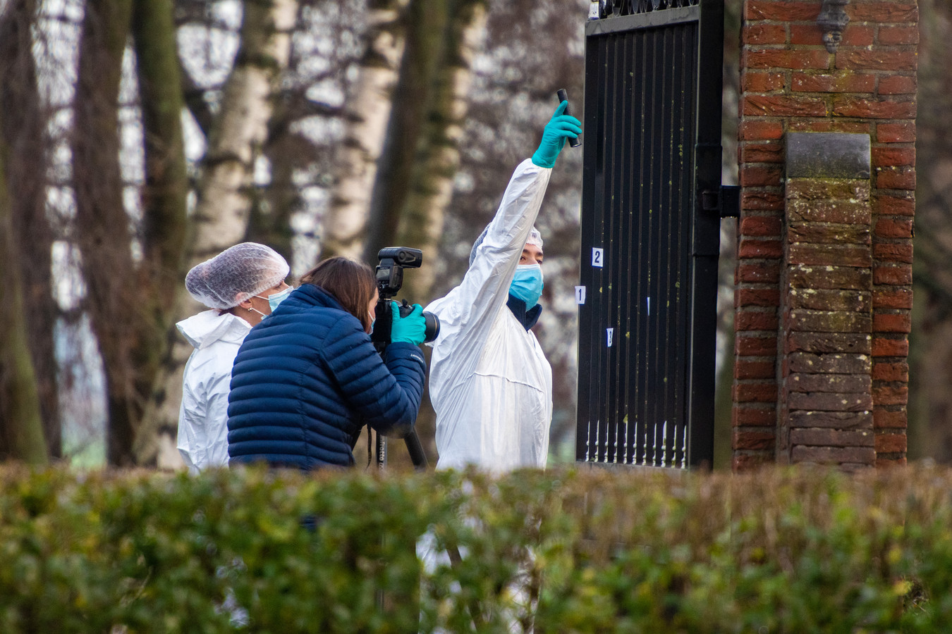 Aan de Hofdijklaan in Oud Ade is een man op 29 december vorig jaar door een misdrijf om het leven gekomen.