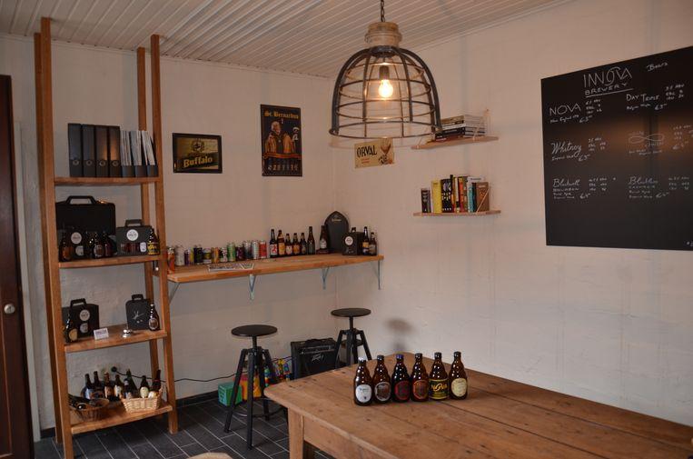 Het proeflokaal van de 'Innova Brewery' van Jimmy Borloo in Haaltert.