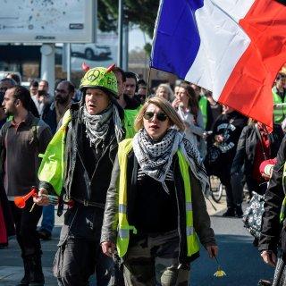 In Parijs blijft het rustig bij demonstraties gele hesjes, wel rellen in andere steden