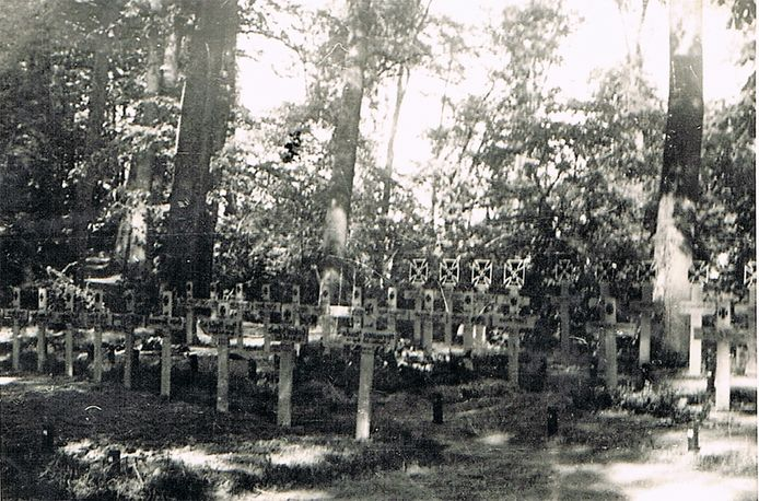 De Duitse militaire begraafplaats op het Hoge Singelbolwerk speelt een belangrijke rol in de eerste podcast over de Stadswallen van Zaltbommel.