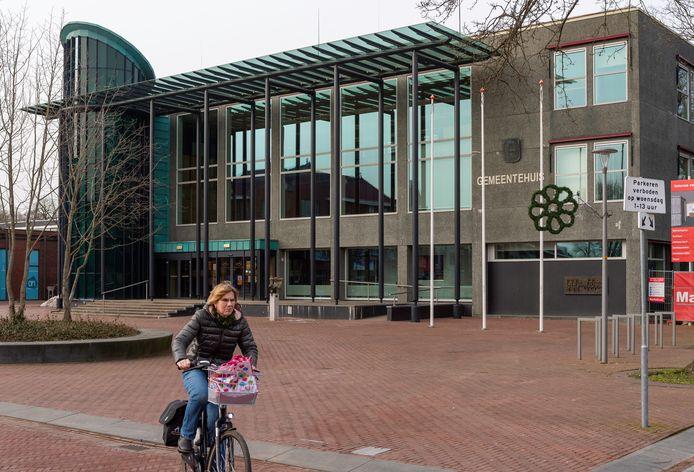 De gemeente Epe moet fors betalen in een lang slepend conflict met de voormalige Bouwmarkt Epe.