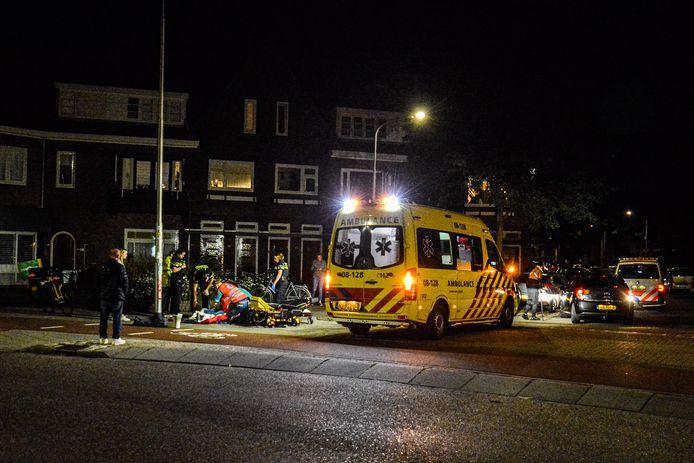 De ambulance op de plek van het ongeluk.