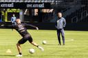 Heracles-trainer Frank Wormuth had onlangs zes talenten uit de academie op bezoek.