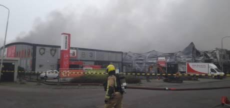 Vlammenzee op industrieterrein: veel mensen zijn spullen uit opslag kwijt