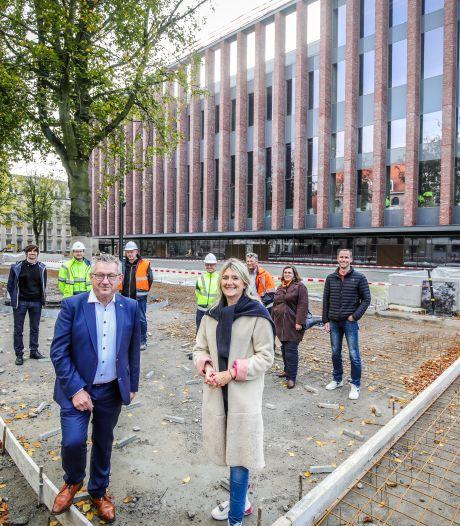 """Nieuw beurs- en congresgebouw wordt dit jaar nog in gebruik genomen: """"En Bruggelingen zullen er klinken op 2022"""""""
