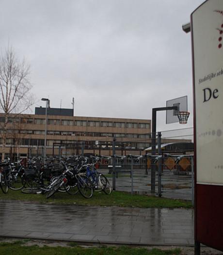 'Middelbare scholen in Zeeuws-Vlaanderen moeten fuseren'
