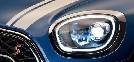 'Moet bij de apk de bermverlichting van mijn auto werken?'