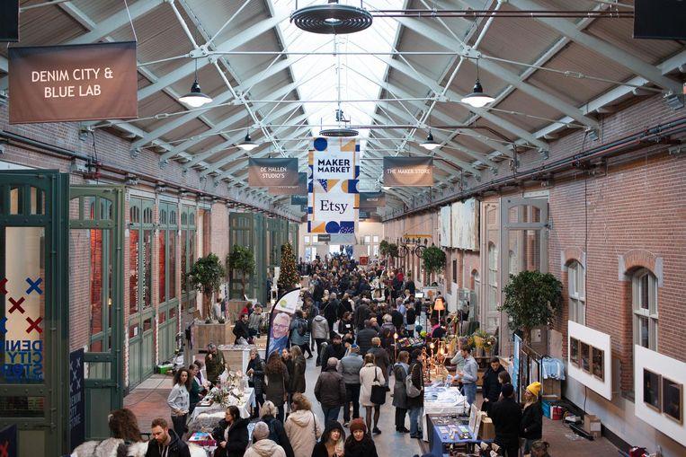 Vorige editie van de kunstmarkt in De Hallen Beeld Eva Leget