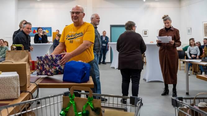 Winnaars Weekend van de Klant in de bloemetjes: prijzen kiezen uit volle winkelkarren