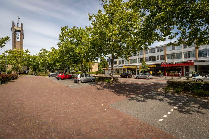 Het Brücknerplein in Eindhoven heeft cameratoezicht gekregen.