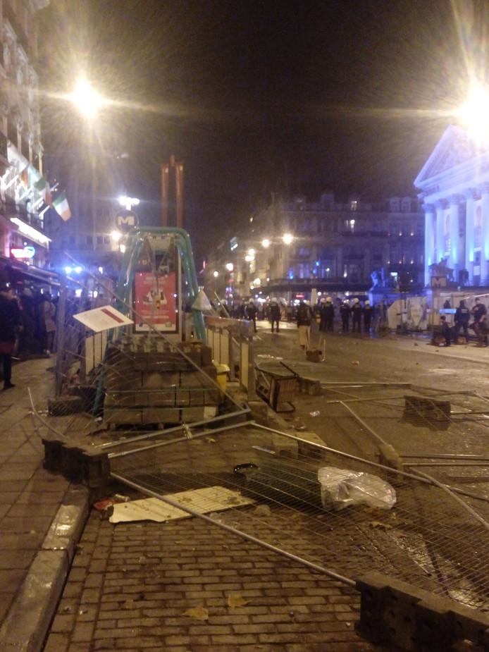 Politie 'verrast door het extreme geweld'.