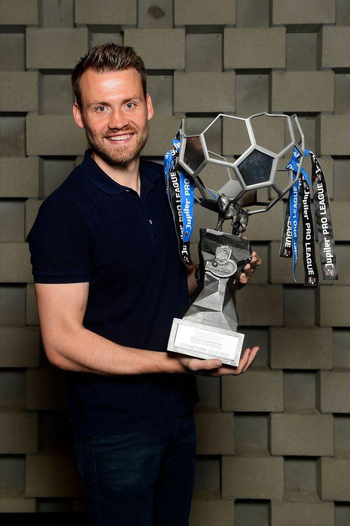 Première saison, premier titre pour Simong Mignolet avec le Club de Bruges.