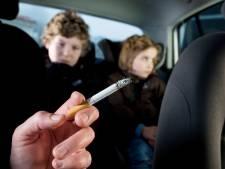 Kinderartsen willen rookverbod in auto als er kinderen op de achterbank zitten