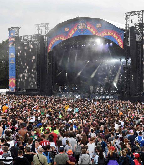 La France autorisera 5.000 personnes assises maximum pour les festivals cet été