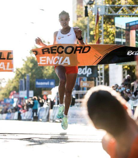 Ethiopische Gidey verpulvert wereldrecord halve marathon