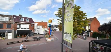 Heel de Grotestraat in Goor wordt dit weekend een terras, dankzij het warme weer