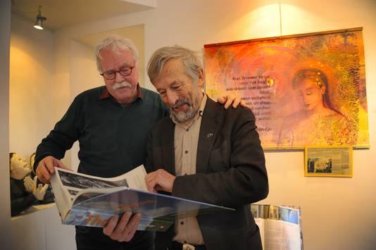 Matty Verkamman (l) en Kees Slager in de Thoolse kamer