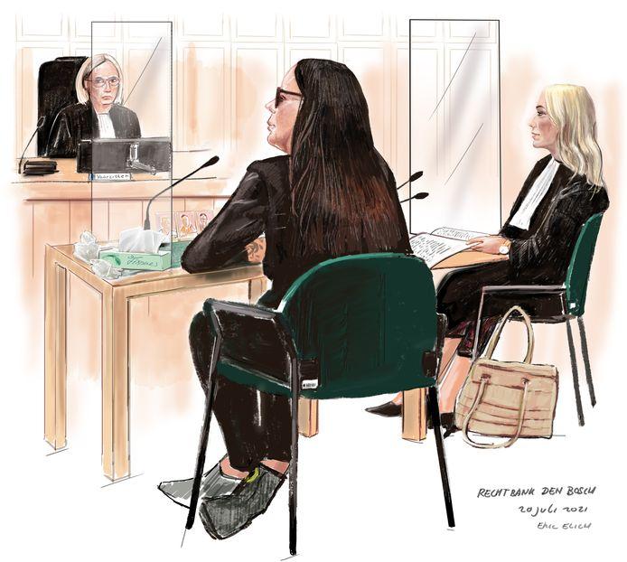 Verdachte Suzanne de V. in de Bossche rechtbank, bijgestaan door advocaat Leonie van der Grinten.