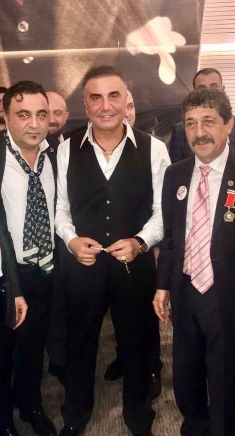 VLNR: Apishe Kadir Yucelbas (Ondervoorzitter van Misiad België), Sedat Peker, Feridun Öncel (Algemeen directeur Misiad) Beeld rv