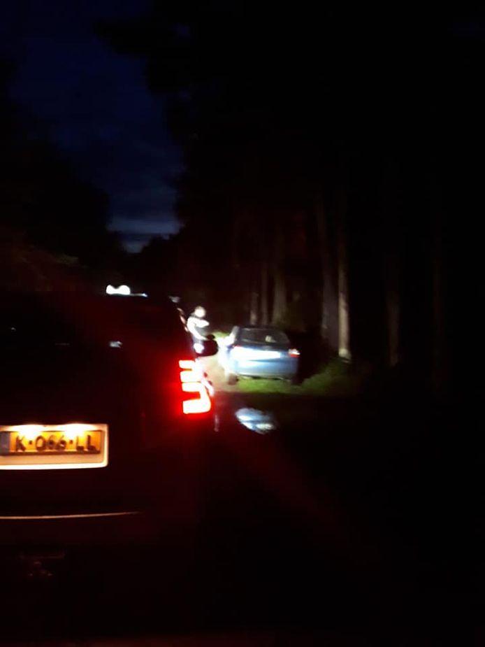 De auto van de bestuurder is door de politie in beslag genomen.