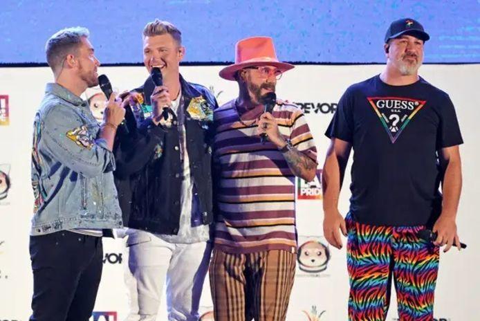 AJ McLean et Nick Carter des Backstreet Boys et Joey Fatone et Lance Bass des NSYNC.