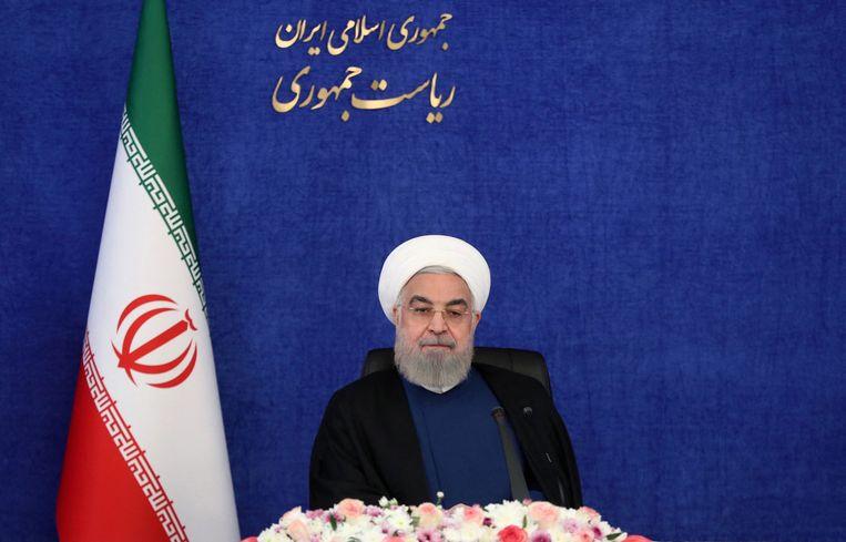 De Iraanse president tijdens een bijeenkomst van het kabinet in april. Beeld AFP