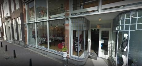 Weer een winkel aan de Voorstraat over de kop