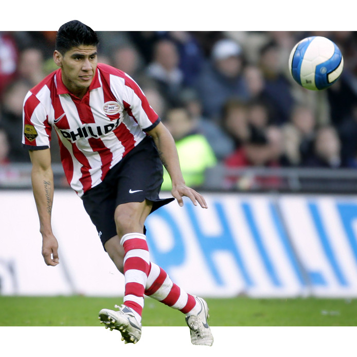 Carlos Salcido: de eerste Mexicaan in PSV-dienst.