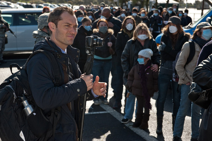 "Jude Law dans ""Contagion""."